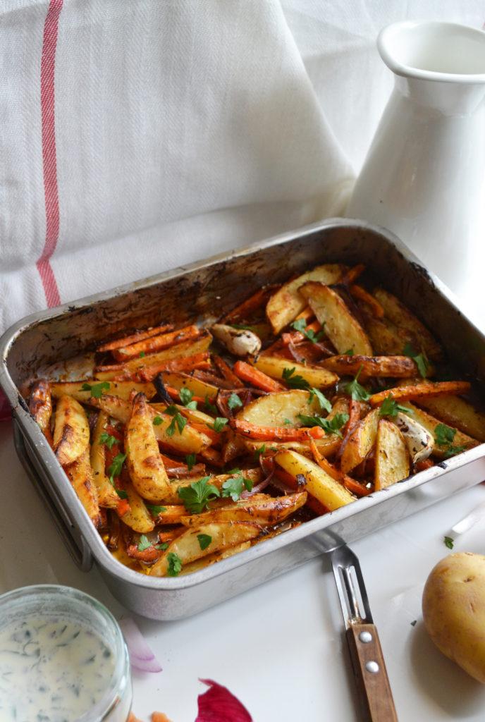 Légumes rôtis à la sauce BBQ et crème aux fines herbes [Végétarien]