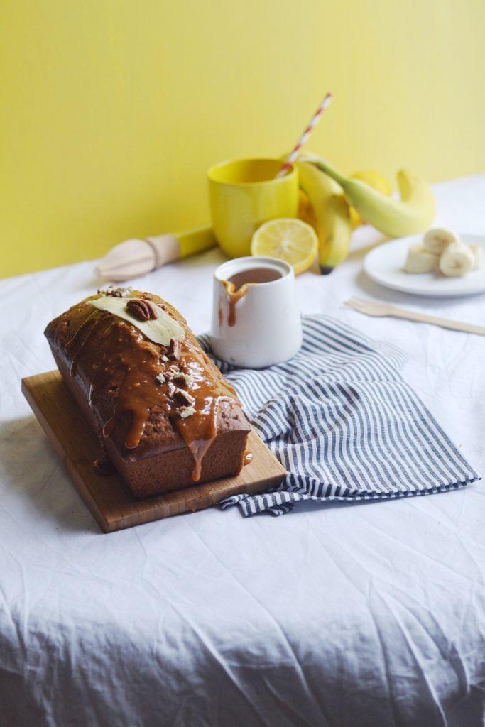 Banana bread nappage pécan et caramel beurre salé (+ concours inside)