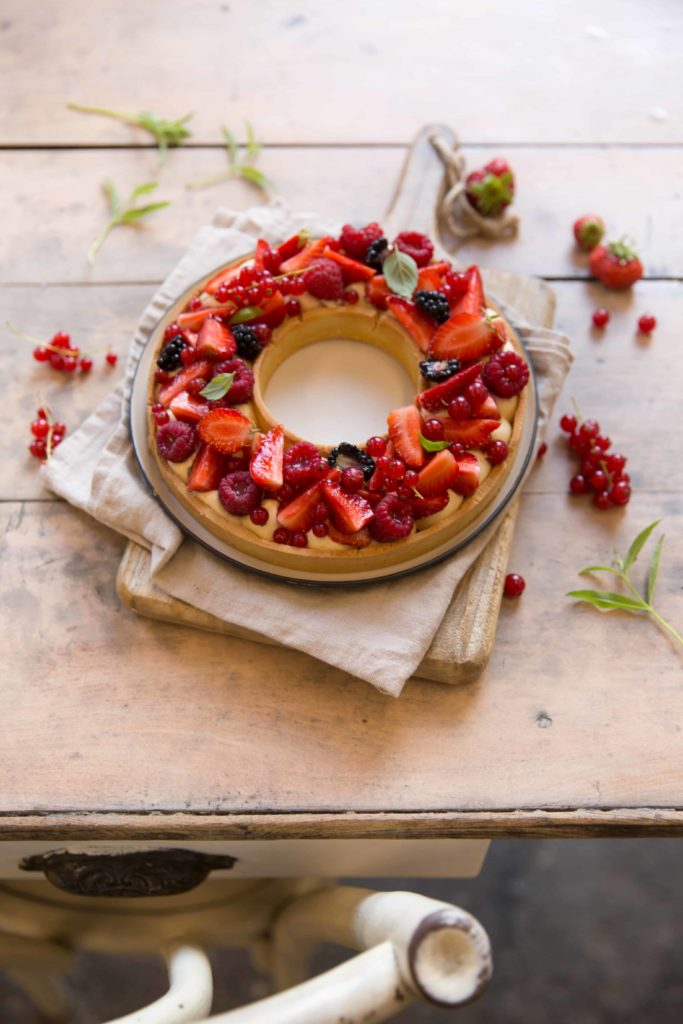 Tarte couronne aux fruits rouges *
